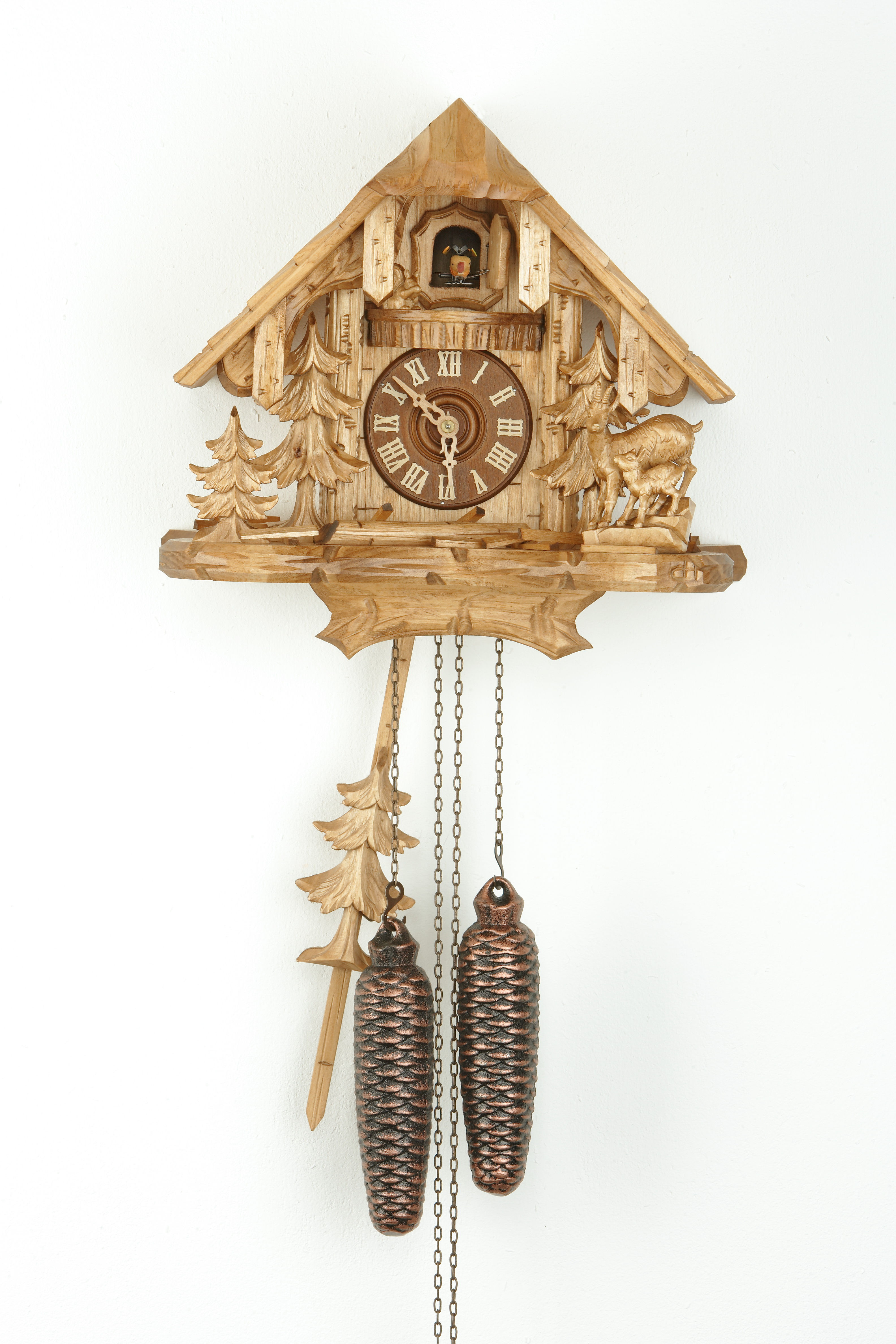 8 Days Cuckoo Clock Black Forest House with chamois family and squirrel