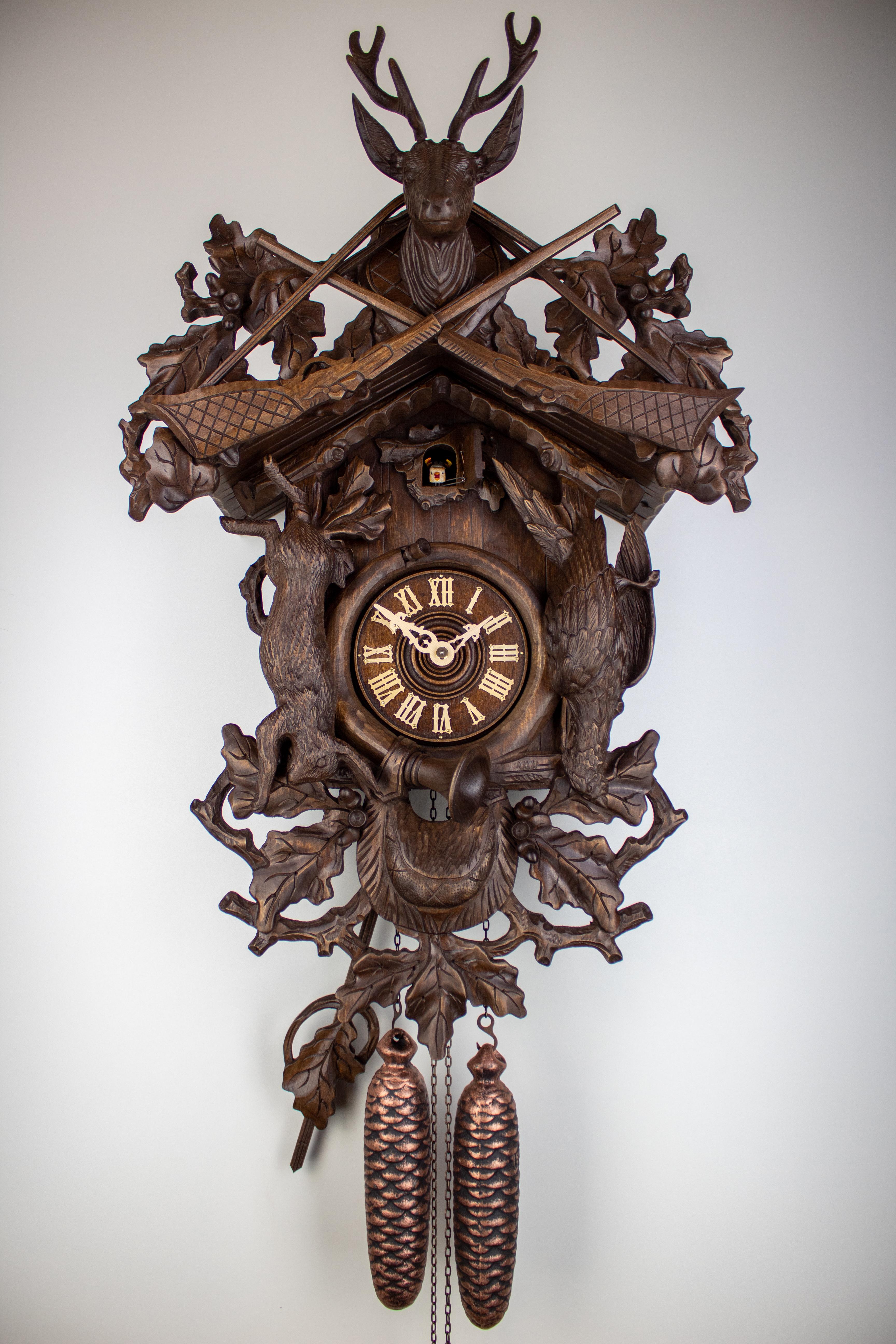 8 Days Cuckoo Clock Hunter Design