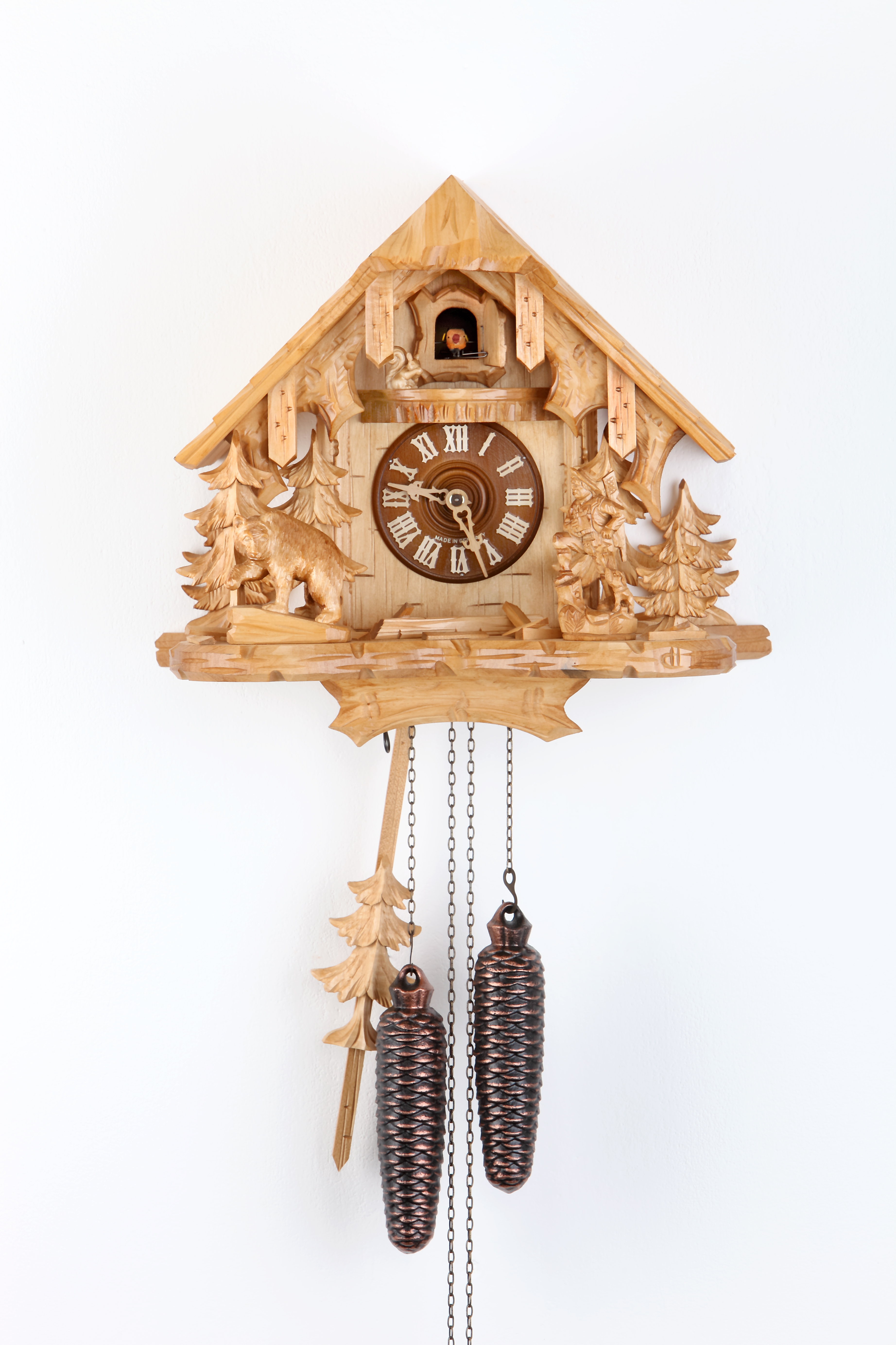 8 Days Cuckoo Clock Black Forest House with bear, hunter and squirrel