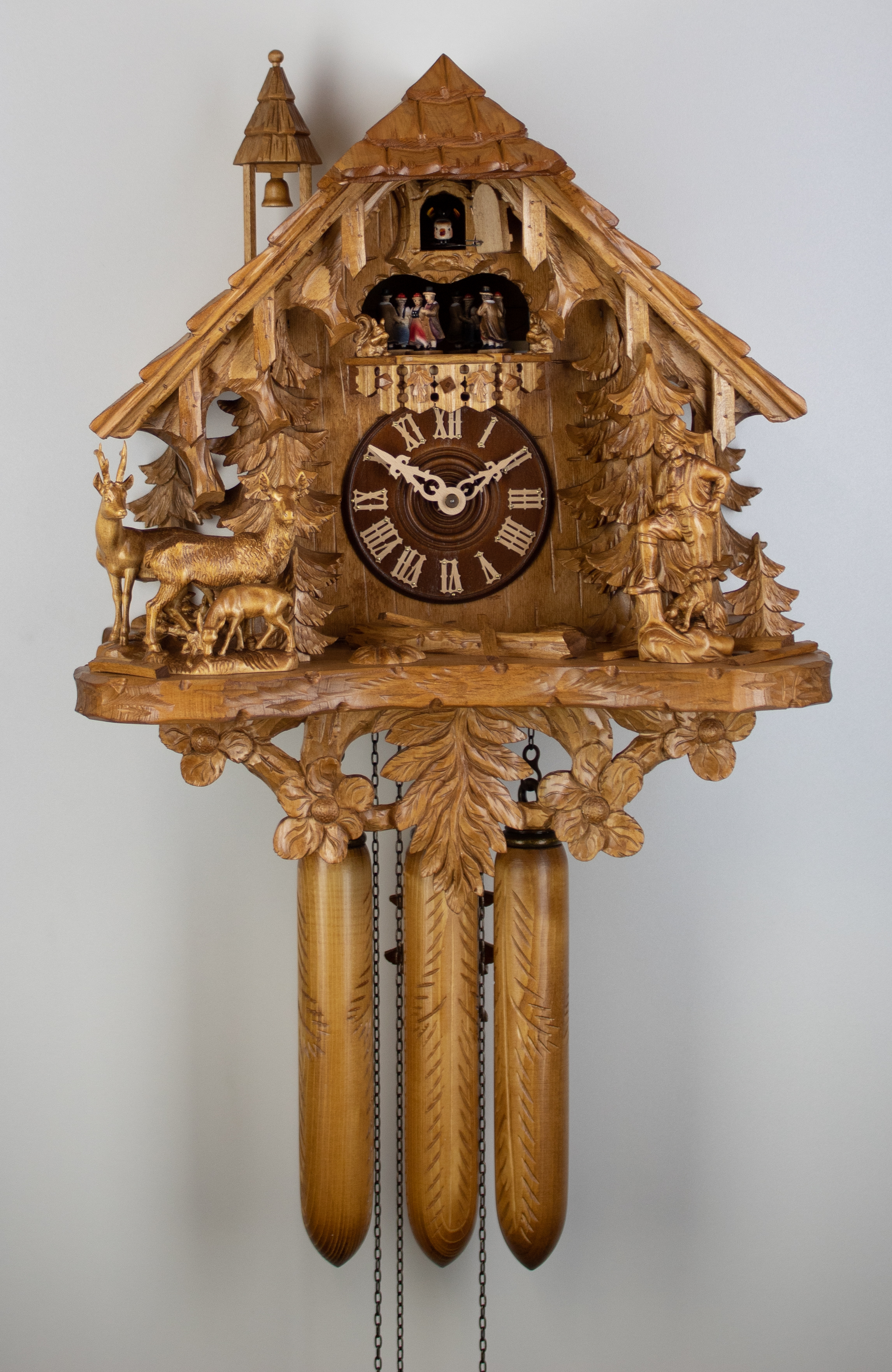 8 Days Music Dancer  Cuckoo Clock Black Forest House with hunter and dog, roe deer family