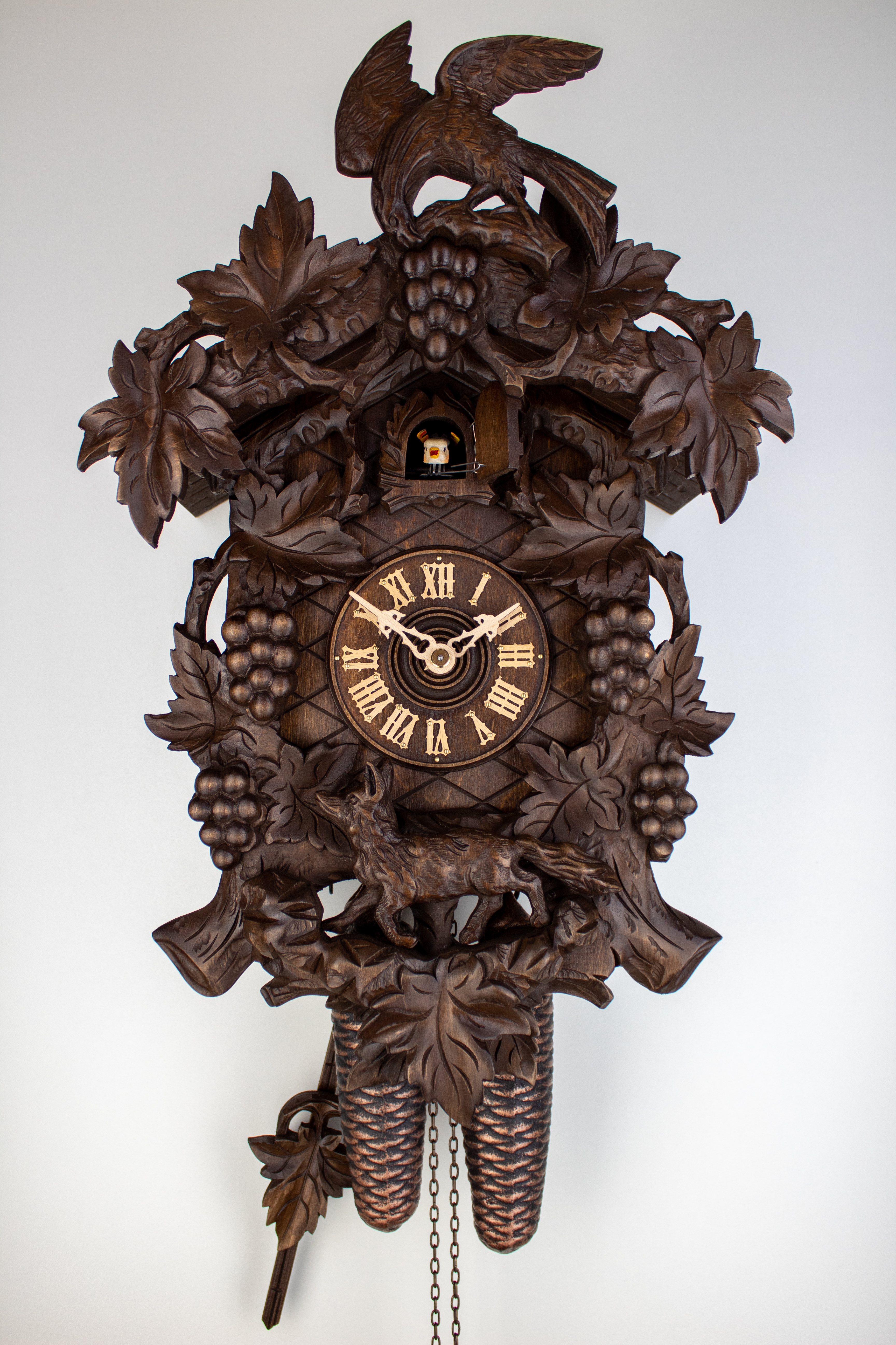 8 Days Cuckoo Clock with fox and grapes